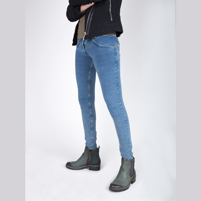 Leather ankle boots with a distinct sole bata, turquoise, 596-9615 - 18