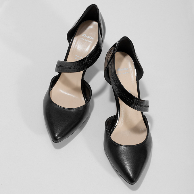 Leather pumps with T-strap bata, black , 724-6904 - 16